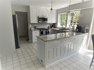 stunning white and modern kitchen model in maryland